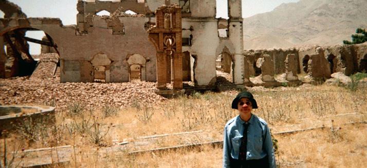 Emma la Clown en Afghanistan - mars 2013 @ Theâtre de Poche - Hédé